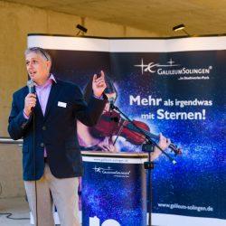 Galileum Solingen: Guido Steinmüller hält Rede auf dem Richtfest