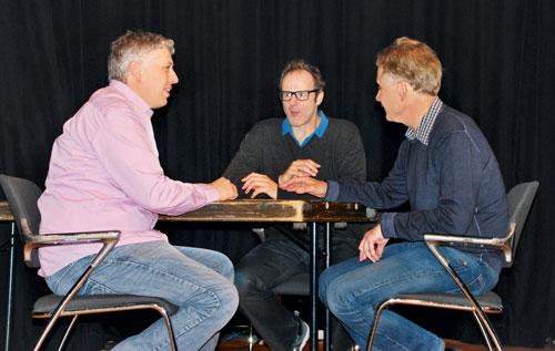 Vince Ebert im Gespräch mit den Initiatoren des Galileum Solingen